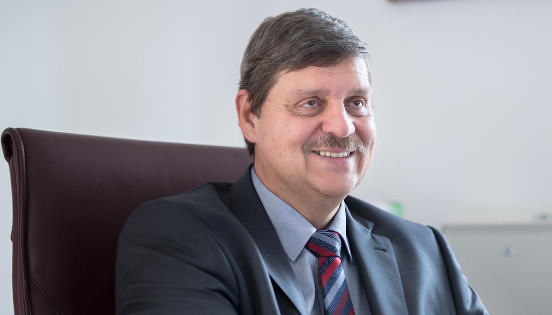Császár Csaba Ügyvezető igazgató